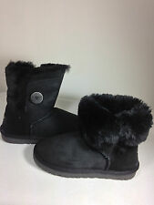 UGG Australia Women's Bailey Button Boot Black/Black Size 5 US.