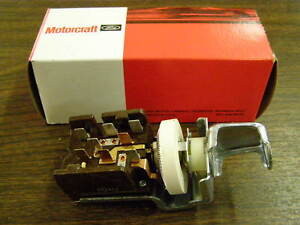 NOS OEM 1965 1966 1967 1968 Ford Mustang Headlight Switch Shelby