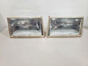 1987-1988 Mercury Cougar Headlights Headlamps Pair 89-94 Lincoln Continental