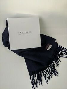 Begg & Co Scarf  ARRAN 100% Cashmere BNWT RRP £260 NAVY BLUE