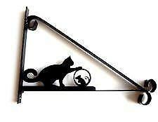 Hanging basket brackets cat and mouse