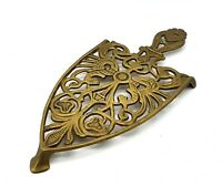 Antique brass trivet/iron stand - Beautiful design and wonderful condition