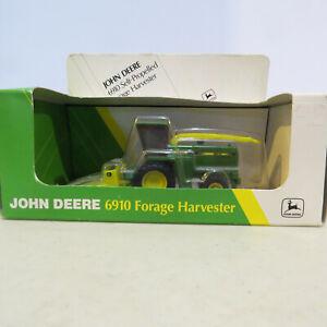 Ertl John Deere 6910 Forage Harvester  1/64 5658-B