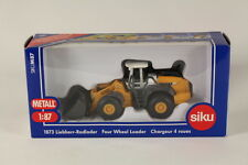 Siku SK1873 Diecast Liebherr Four Wheel Front-End Loader, 1:87 Scale.