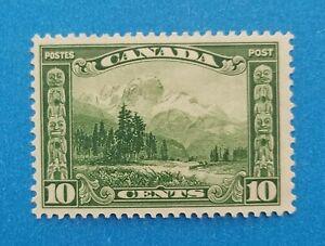 Canada stamp Scott #155 MH well centered good original gum. Good margins. Nice.