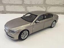 BMW 7 series Dealer Edition 1:18