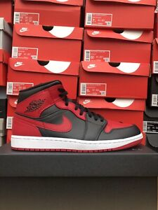 Nike Air Jordan 1 Mid Banned UK 11