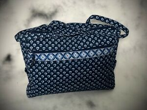 Vera Bradley Nantucket Navy Metropolitan Bag zip top, pockets inside/outside