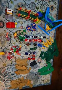 Fisher Price GEOTRAX Train Set/Lot 160+ Pieces Buildings, Tracks, Trains, Remote
