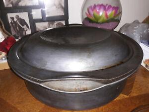 TUPPERWARE Cocotte / Marmite ronde ULTRA PRO 5 l et son couvercle très bon état