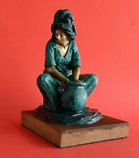 VINTAGE SCULPTURE 1981 SIGNED NUMBERED FEMALE WATER CARRIER WOMAN AGUADORA