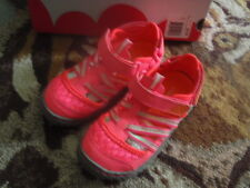 JUMPING BEANS HOT PINK WATER SHOES GIRLS SZ 10 TODDLER BRAND NEW RETAIL $34.99