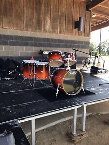 "Mapex Meridian Birch Drum Kit w/ 20"" Kick"