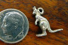 Vintage silver Kangaroo Australia Australian Marsupial Hopping Animal charm