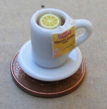 Escala 1:12 té en una taza de cerámica blanca + Platillo & Cuchara Casa De Muñecas En Miniatura