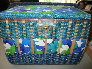 "VINTAGE sewing knitting box basket 12 x 9.5 x  "" with handles                b2"