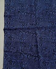 """Coupon tissu patchwork motifs bleus sur fond noir"""" 80x110cm"""
