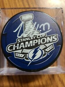 Victor Hedman signed 2020 Stanley Cup Champions puck Tampa Bay Lightning