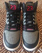 *NEW* Girls 4Y Nike Jordans