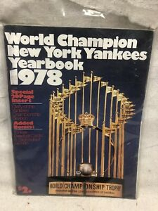 New York Yankees 1978 ML Baseball Yearbook with Uncut Cards