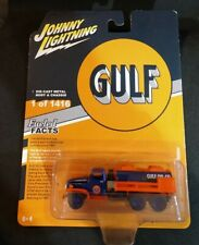Johnny Lightning Gulf GMC CCKW 21/2 Ton 6 x 6 Tanker, 1/87, NOC