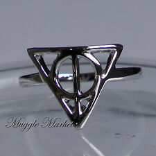 Beautiful silver deathly hallows Ring. Ron/Hermione/harry/Dumbledore/magical