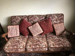 Ercol 'Old Colonial' 3 Seater Settee And 2 Chair