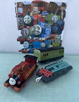 tomy trackmaster thomas the tank engine battery train harvey and flatbed