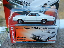 2016 AUTO WORLD 1:64 *PREMIUM 5C* White 1966 Oldsmobile Olds 442 *NIP*