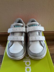 Childs Adidas Neo Trainers Infant Size 4