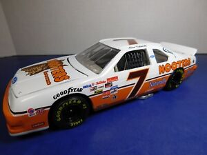 Alan Kulwicki #7 1992 Hooters Ford Thunderbird NASCAR 1/24 NAPA Action Diecast