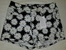Women's SO Brand New Size 3 Stretch/High Rise Shortie Shorts B&W Flower Pattern