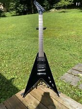 B.C. Rich JRV Platinum Supreme V Guitar W/Hard Case