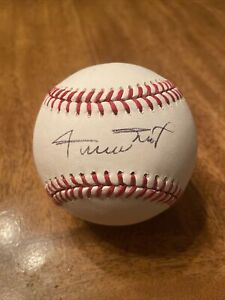 WILLIE MAYS SIGNED AUTOGRAPHED  OFFICIAL MAJOR LEAGUE BASEBALL
