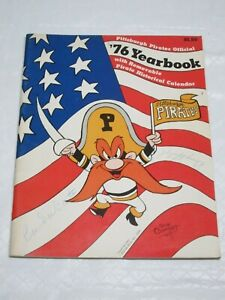 1976 Pittsburgh Pirates Yearbook w/Calendar w/Murtaugh and Dal Canton Autographs