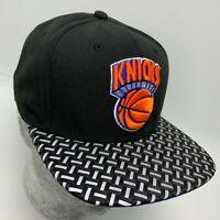 New Era Cap NBA NY Knicks Black White Straw Hat 9FIFTY Snapback