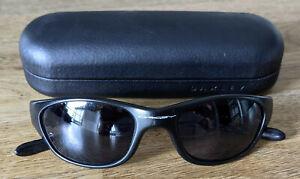 Oakley Herren Sonnenbrille Schwarz mit Etui