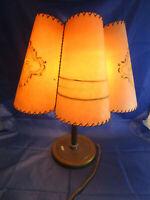 Schöne alte Lampe Tischlampe 40/50er Lampenschirm, Stehlampe, Schreibtischlampe
