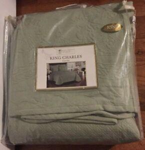 King Charles Historic Charleston Foundation Sage King Coverlet NWOT