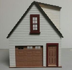 Lansdowne 1:24 scale Dollhouse ONE car garage/workshop