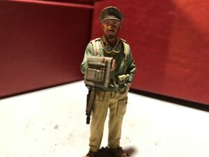 """King & Country 1/30th scale EA114 """"Double Trouble"""" single figure"""