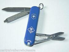 New Victorinox Swiss Army 58mm Knife  Blue CLASSIC SD BSA  Cub Scouts 54402