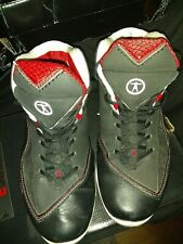 Converse Dwane Wade 3 mid size 8 excellent condition comes with box