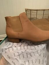 MIDAS leather ankle boots Size 39 brand new with box