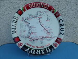 plateau métal Apéritif Dauré TOUR DE FRANCE cycliste 1962   Dia : 37 cm