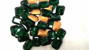 Full pack of 12 Czech. glass octagon brooch stones in 25x18mm emerald/foiled.