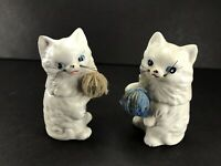 Salt And Pepper Shaker Kitties Playing With Yarn Ball Vintage Cat Kitty W/ Plugs