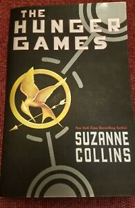 THE HUNGER GAMES 2009 1st scholastic print edition paperback book