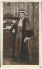 U159 Photographie originale vintage Avocat avec Robe vers 1910