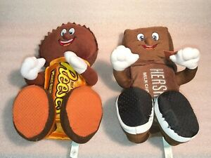 Reese's Peanut Butter and Hershey Bar Plush Dolls Set of 2: Petting Zoo (1 NWT)